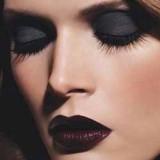 aplicar corrector maquillaje